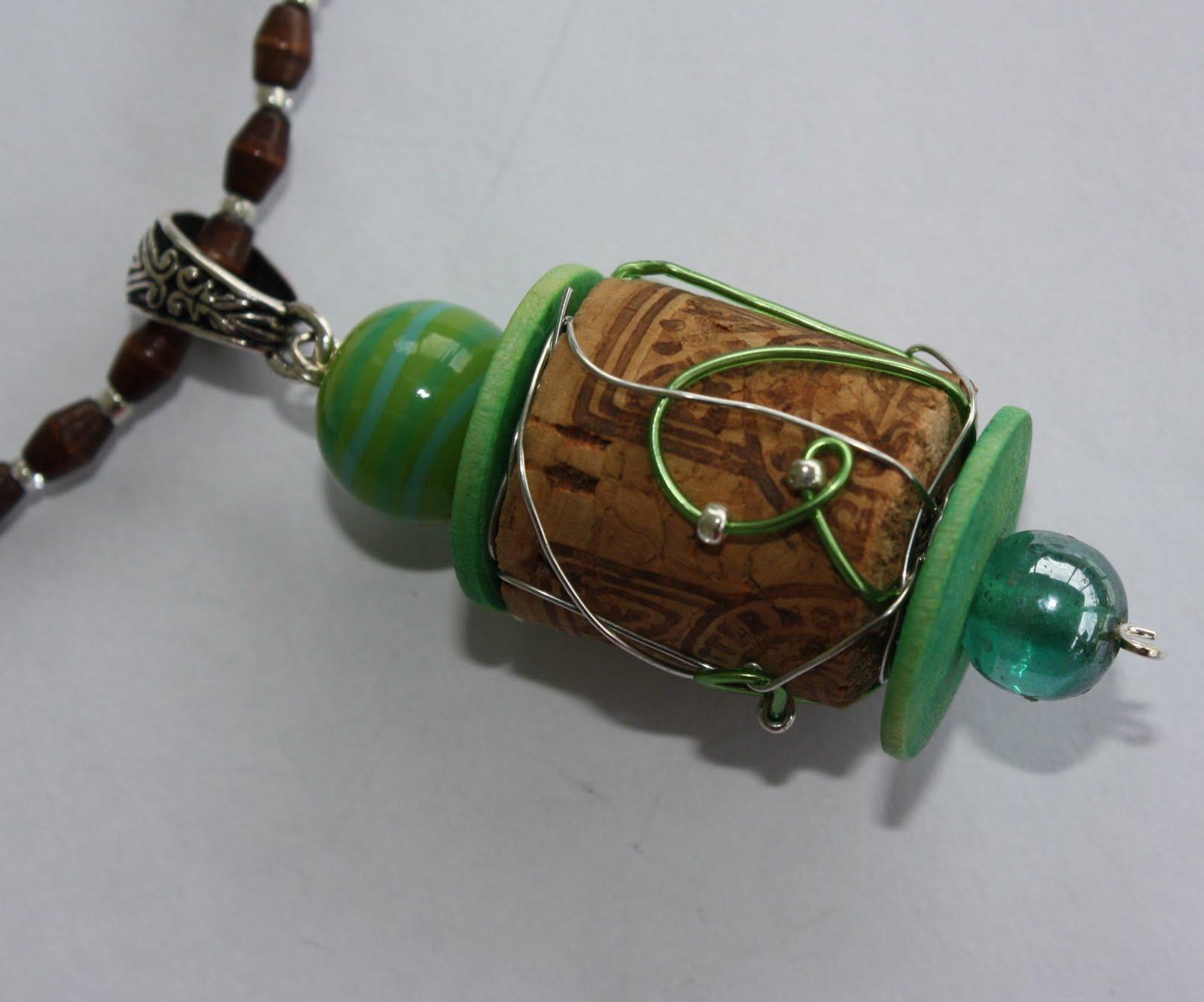 Wine cork jewelry club creative studio for Cork necklace ideas